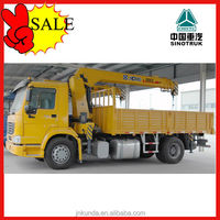 SINOTRUK LOW PRICE 3 Ton 4x2 Crane Mounted Truck