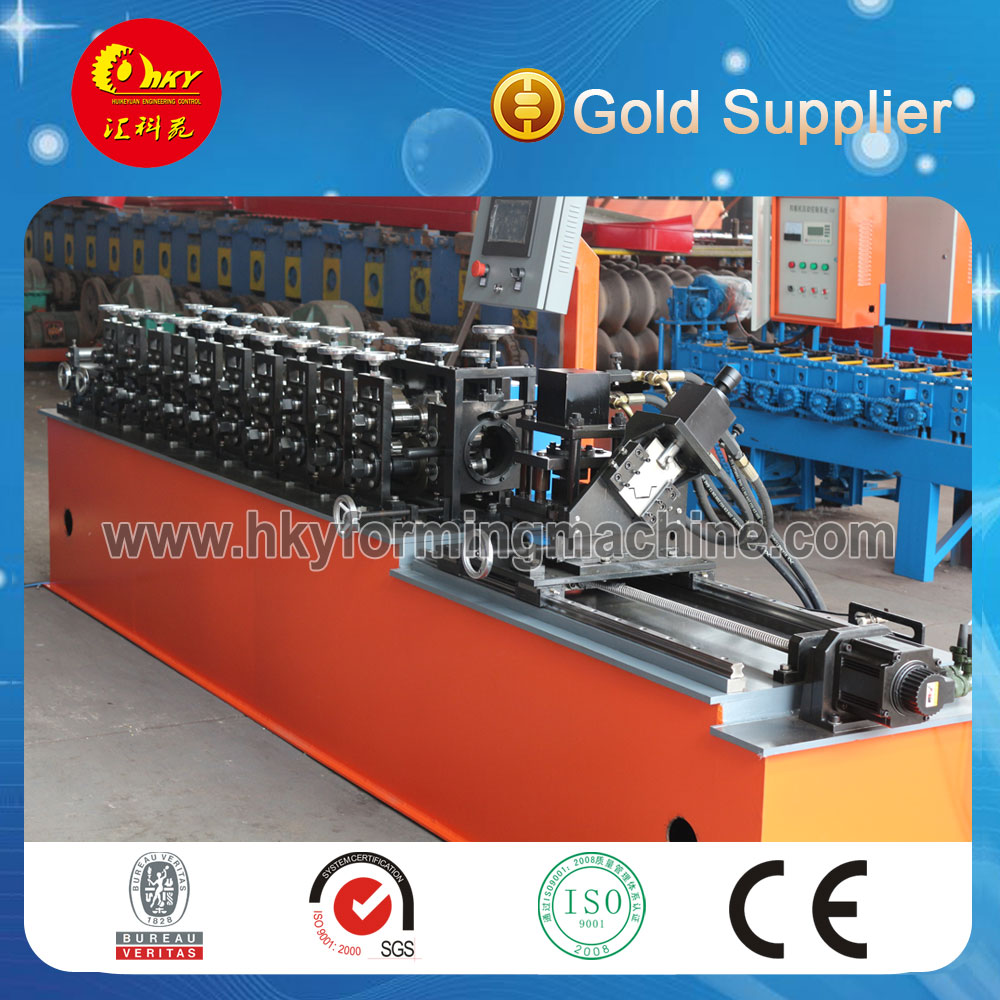 New design used roller shutter roll forming machine made in China