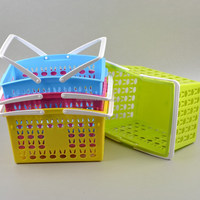 Plastic Hollow Rabbit Pattern Storage Basket With Handle Plastic Storage Basket