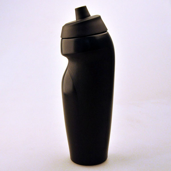 Wholesale promotional products china water bottle 600ml LDPE sports