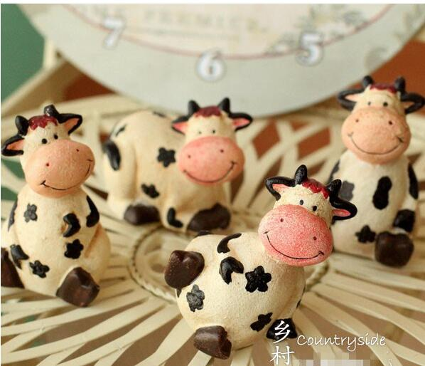 GY611 Resin Cow Cute flower Figurines cabochon furnishing articles Home Decorations Gifts and Crafts
