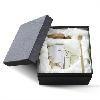 Christmas Elk Coffee Mugs Ceramic Cup With Gift Box Custom logo On Box Or Cup Ceramic Coffee Mug With Lid And Spoon