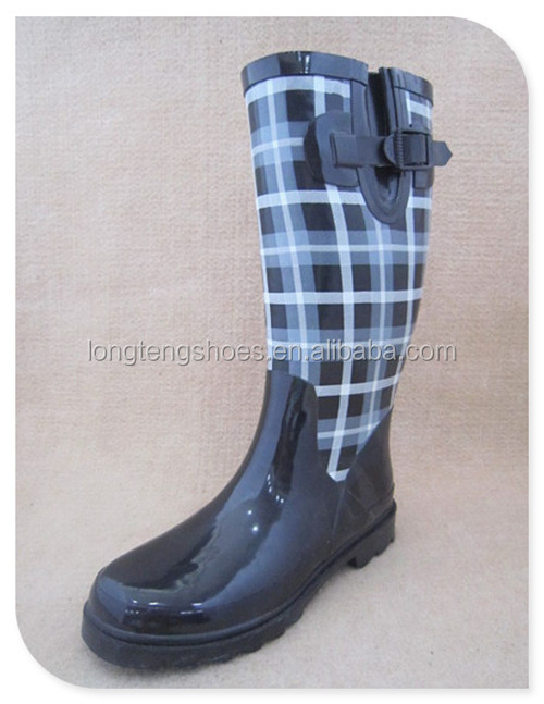Wholesale Competitive Price and Top Quality Ladies Fashion Shoes Long Rubber Rain Boot for Women