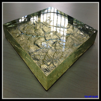 Western home design glass island countertop