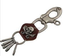 Venta al por mayor vintage leather key chain skull pantalones de cuero cadena de teclas colgante punk leather key chain
