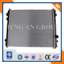 European and American aftermarkets Heavy Duty Truck Radiator