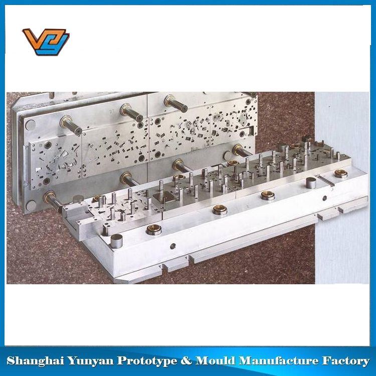 Hot sell gold supplier plastic peek injection mould products