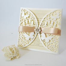 2017 Fashion Cards Elegant ivory butterfly scroll wedding invitations with brooch