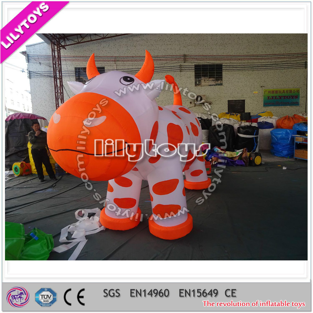 Lilytoys inflatable advertising cow model for sale