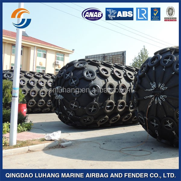 Pneumatic rubber fender for boat accessories