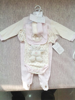Cotton baby clothes set(L/S Romper+Body+Bib+Toy)