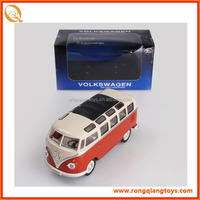 HOT SALE 1:24 scale diecast metal school bus toy licensed diecast bus toy PB067125052A