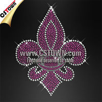 Shinning custom transfer purple fleur de lis rhinestone iron on