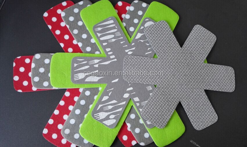 High Quality&Free Design Needle Punched Nonwoven Cute cookwar Protector