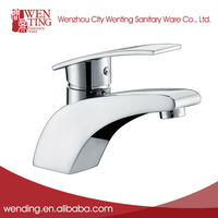 China Fashionable New Durable Water vintage bathroom sink faucets