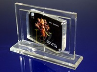 rotating acrylic magnetic photo frame/lovely crystal picture frame supplier