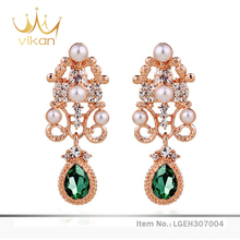 Natural crystal latest gold earring designs with pearl decoration