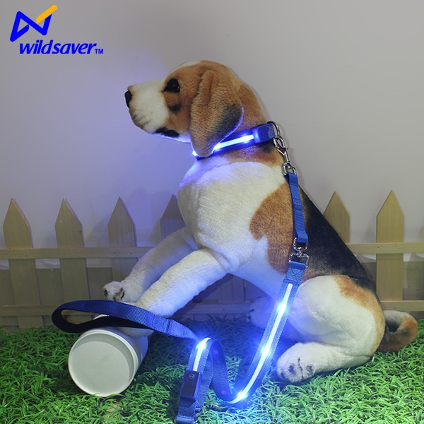 LED PET Safety Retractable Dog Leash with Comfortable Handle