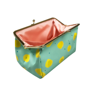 wholesale Small Cloth PU PVC metal Lock waterproof Custom design logo OEM Dot hot transfer print Make Up Pouch Cosmetic Bag