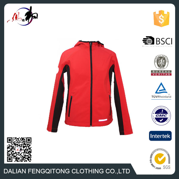 Dalian Manufacture 2016 New Style Fshionable Wind proof Softshell Clothes