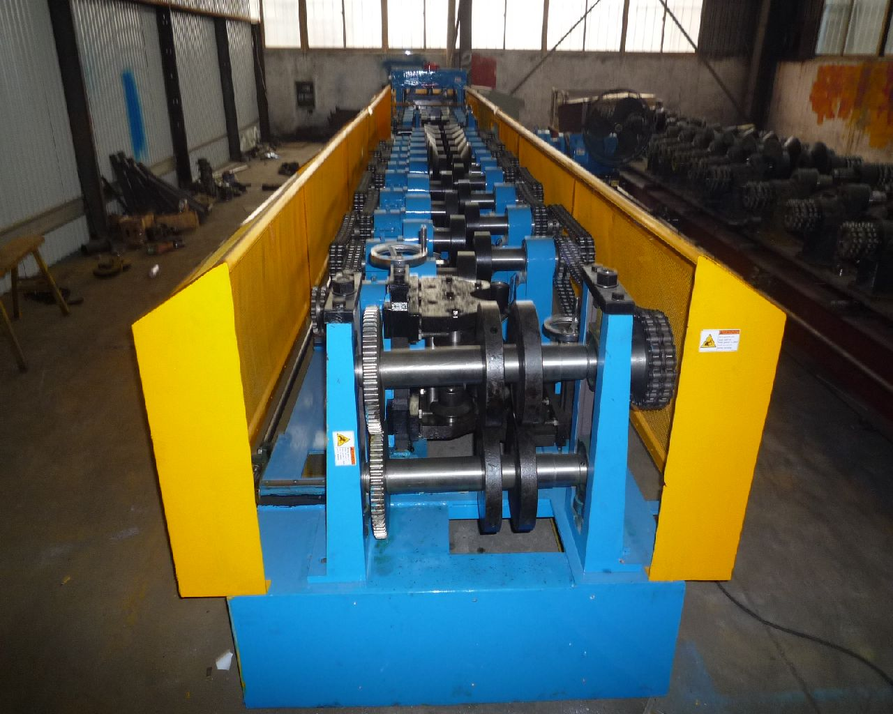 2016 hot sale fully automatic sigma purlin cold roll forming machine