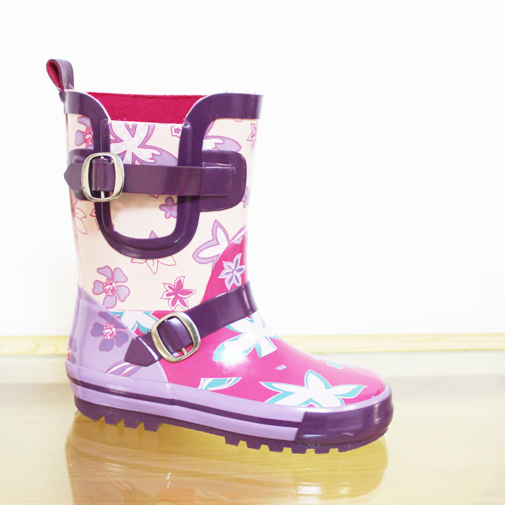 LOVELY KIDS WATERPROOF RUBBER RAIN BOOT