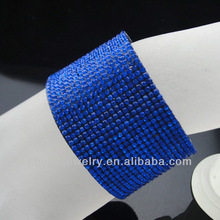 Hot sale design of full rhinestone magnetic bracelet with magnet buckle