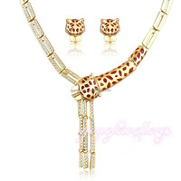 Elegant gold half set wholesale african costume dubai gold plated jewelry set