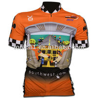 Professional Mountain Bike Wearing