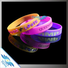 Custom logo silicone rubber bracelet glow in dark wristbands for swimming events