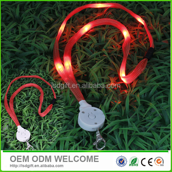 Flashing led lanyard with 8 piece led