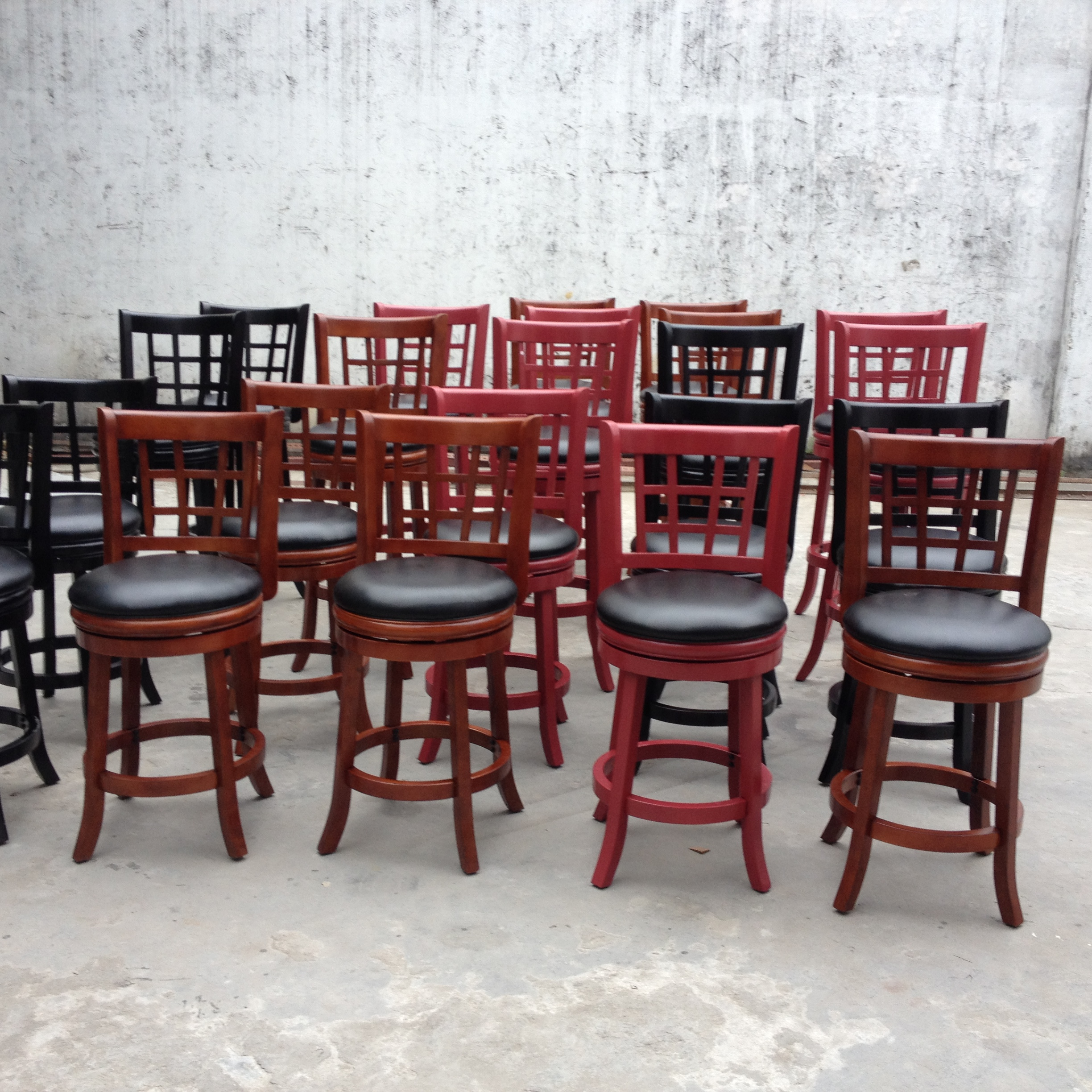 Wholesale Antique Solid Wood Swivel Back Bar Stool