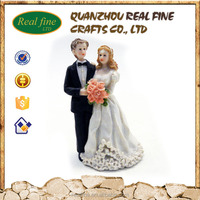 2016 hot sale custom polyresin wedding statues souvenir for sale