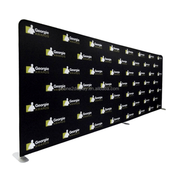 Versatile freestanding portable pillowcase EZ tube photo booth backdrop