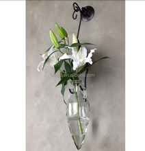 Hang on leadfree customized radish shaped tapered art glass vase with hand holder in stocks manufacturing