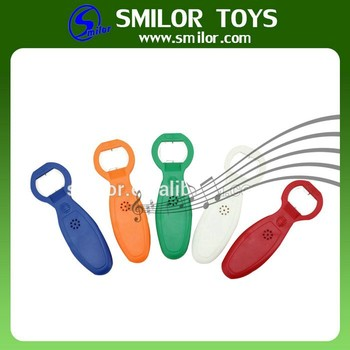 Manufacyurer Cheap Durable Colorful Bottle Opener Wall Mount Wholesale