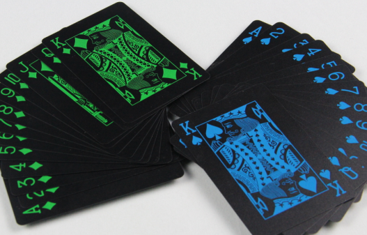 Top quality Paper Glowing Playing Cards for party game with custom printing