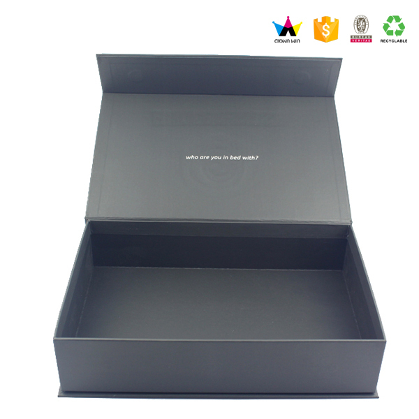 2017 Custom Black Rigid Magnetic Closure Gift Box Wholesale