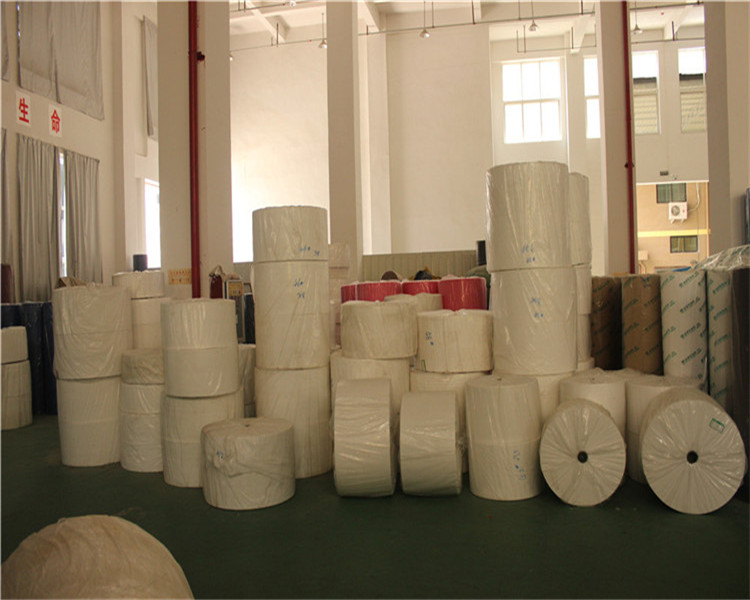 Mihong non-toxic and eco-friendly bag raw material white 70% PP spunbond non woven fabric for sale