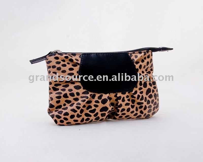 famous style ladies cosmetic pouch