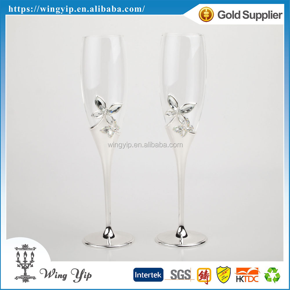 Tailor made hot sales Free sample Wedding return gift Butterfly Metal Champagne Flute