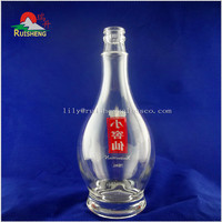 Hot selling different capacity empty vodka clear glass bottle