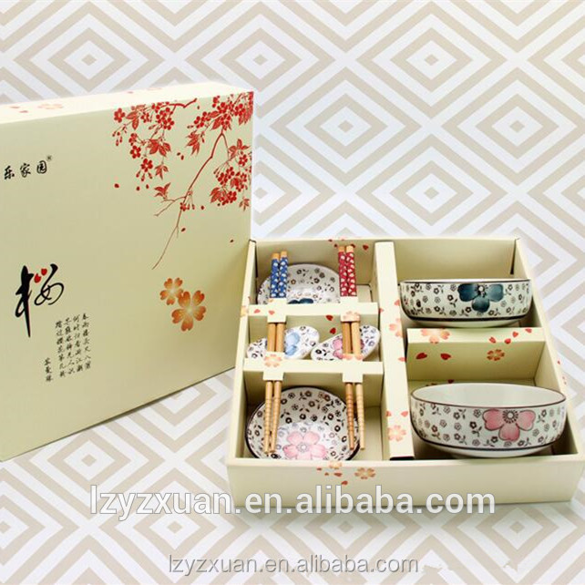 Hot sale Japanese Ceramic bowls and bamboo chopsticks set 8pcs one set as gift
