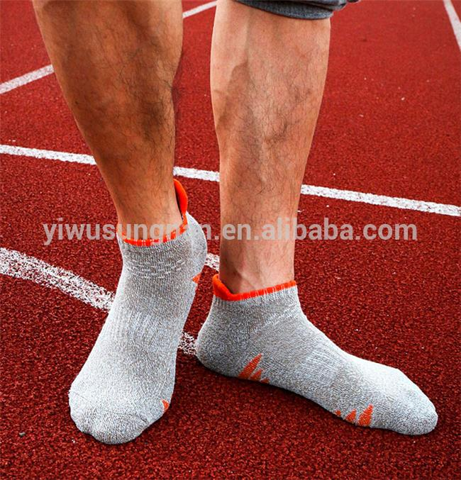 Factory hight quality custom sport athletic socks hot selling