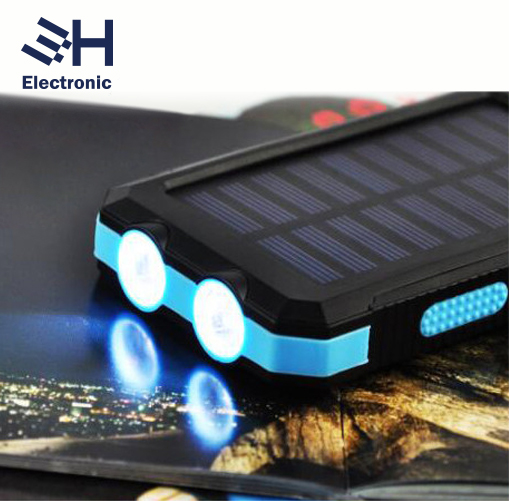 Outdoor SOS Flashlight and Compass 8000mAh Dual USB External Battery Charger Portable Solar Panel SOS Power Bank for Cell Phone