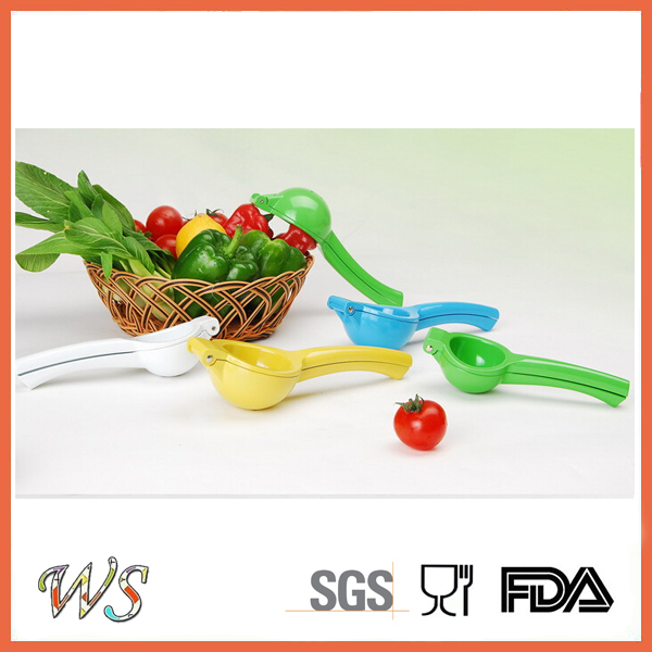 WS-PLS01 Creative Colorful Plastic Lemon Juicer