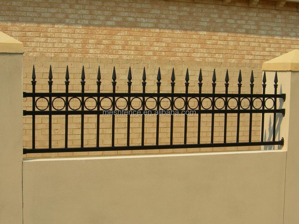 exceptional grille de jardin en fer 14 cl ture en fer. Black Bedroom Furniture Sets. Home Design Ideas