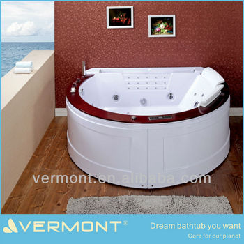 Luxury whirlpool bathtub