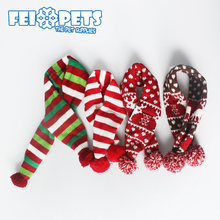 Latest pet accessories winter Christmas knit dog scarf with assorted colors