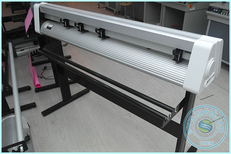 Automatic digital plotter 1200mm 48 inch vinyl cutter